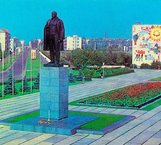 Площадь Ленина в Дзержинске
